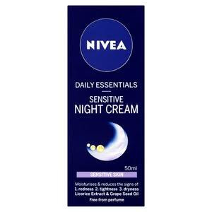 Nivea Daily Essentials Moisturising Night Cream For Dry And Sensitive Skin - Pack of 50ml